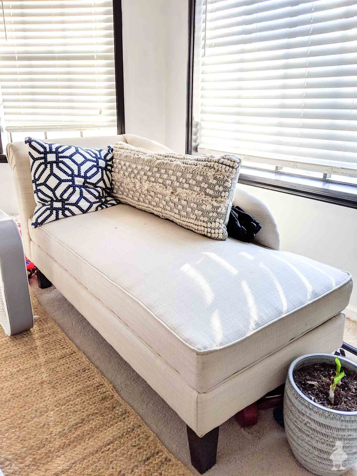 master bedroom chaise lounge